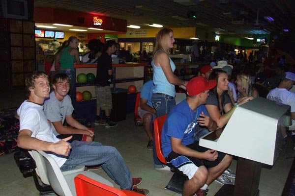 Students at the Colby Bowl & Fun Center.