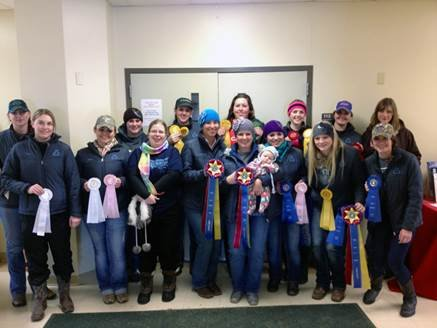 Equestrian teams earns high point.